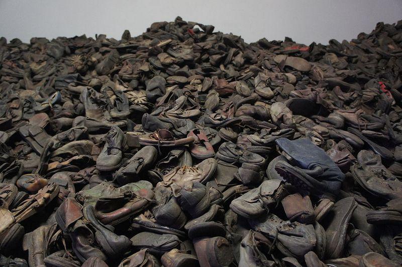 Auschwitz_pa_svenska